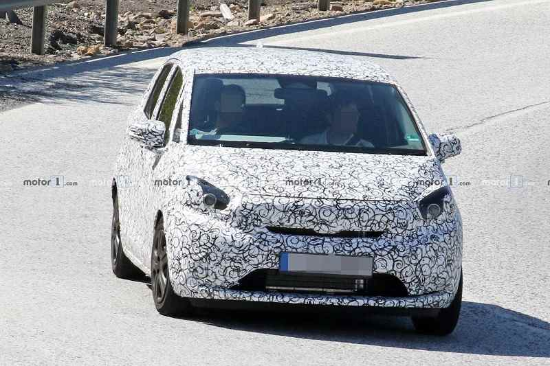 New Honda Jazz spied front