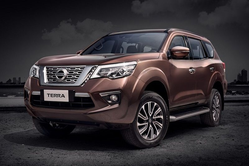 nissan terra 7 seater suv will be toyota fortuner rival in india. Black Bedroom Furniture Sets. Home Design Ideas