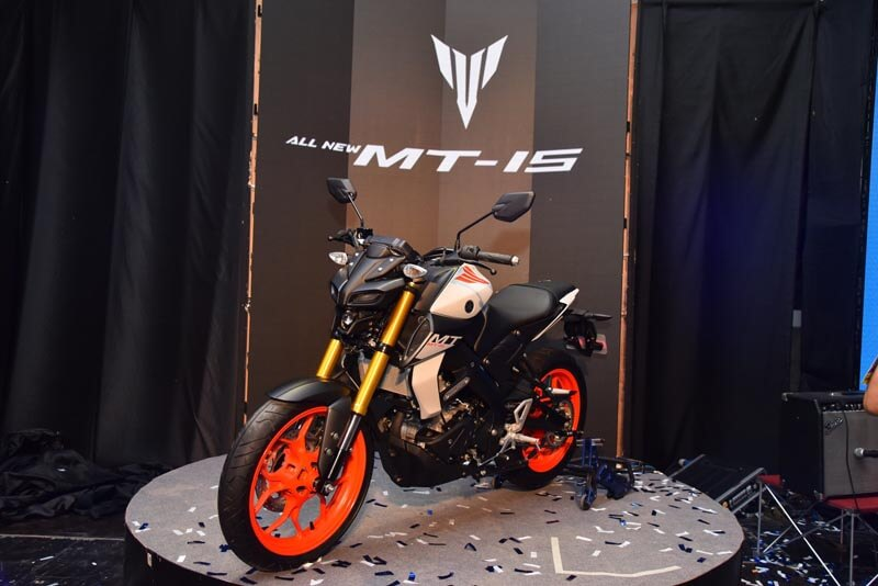 New R15 2018 >> 2019 Yamaha MT 15 Price, Launch Date, Specs, Top Speed, Mileage