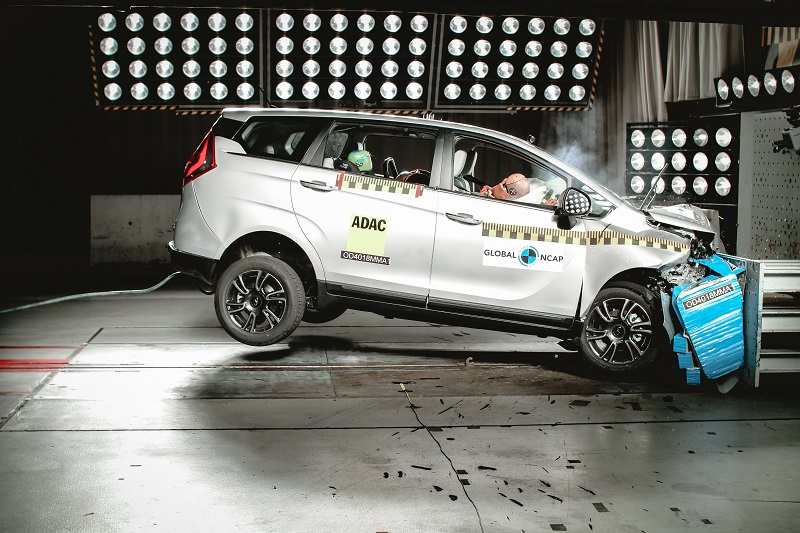 Mahindra Marazzo Crash Test