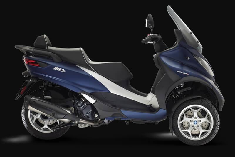 Aprilia Maxi scooter (1)