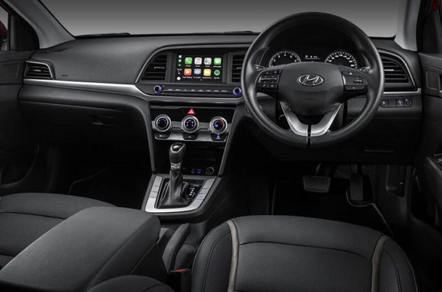 Hyundai Elantra facelift India Interior