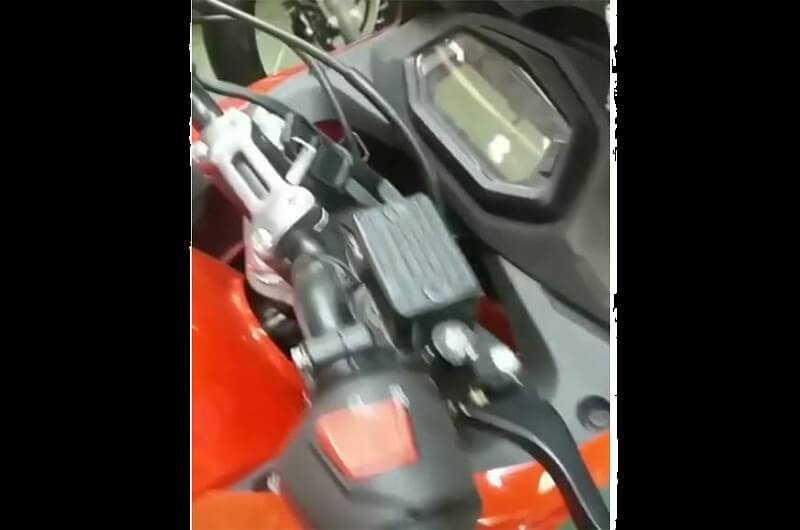 New Hero Karizma instrument console