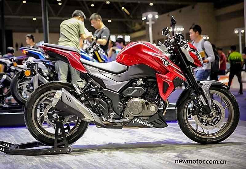 Suzuki Gixxer 250 Side