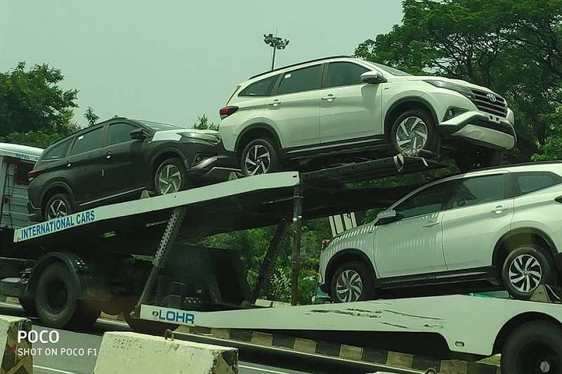 Toyota Rush Spied