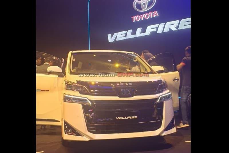 Toyota Vellfire India