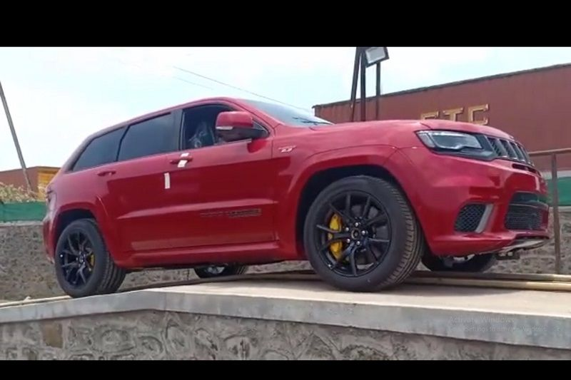 Jeep Grand Cherokee Trackhawk Price In India