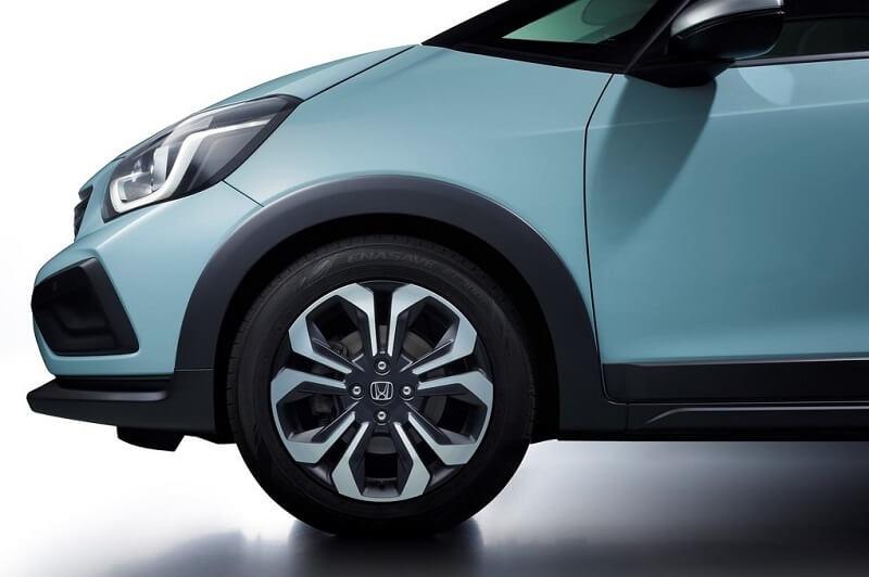 2020 Honda Jazz Crosstar wheels