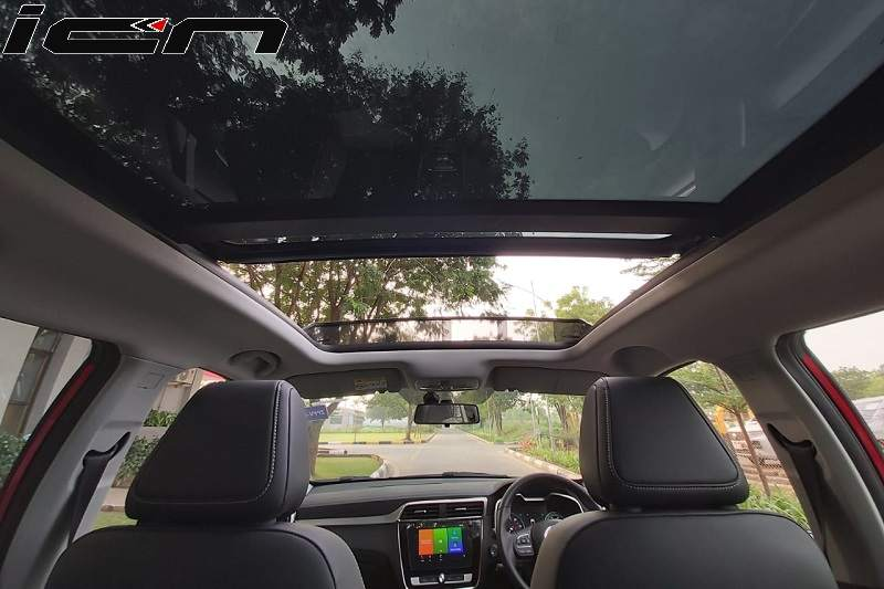 MG ZS Panaromic Sunroof