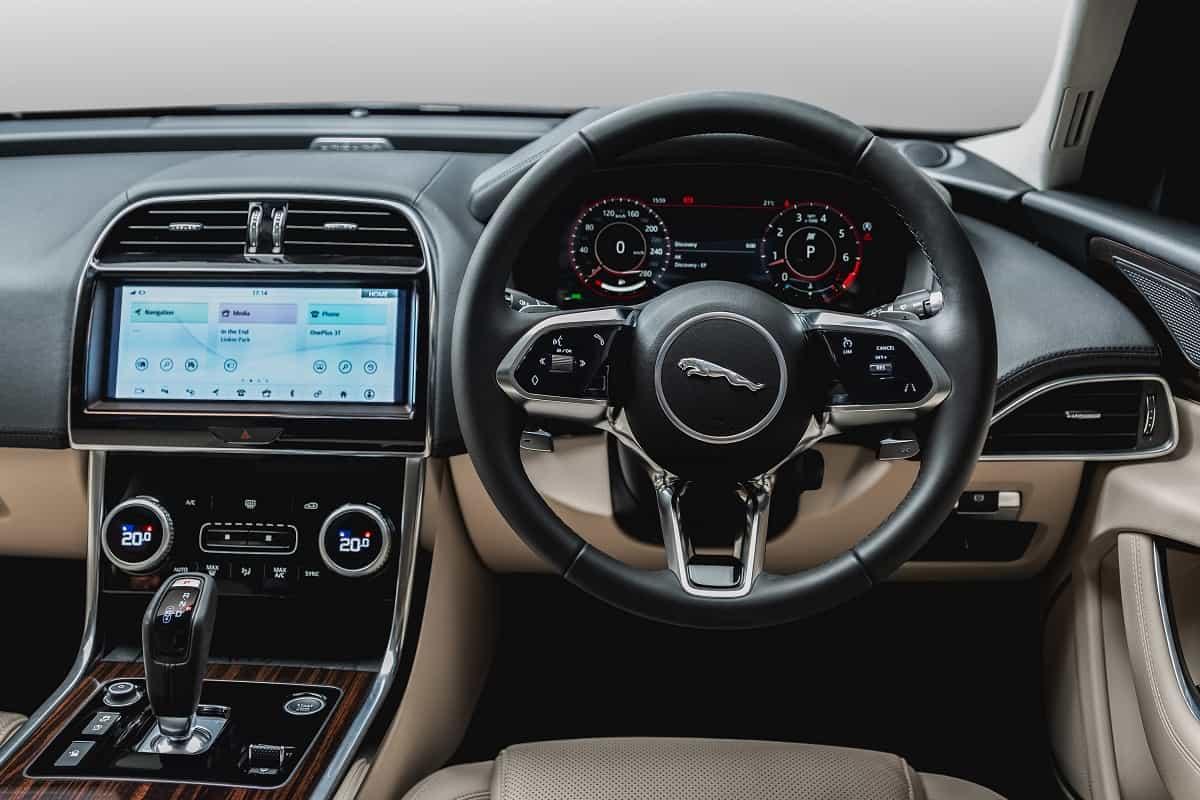 New Jaguar XE Interior