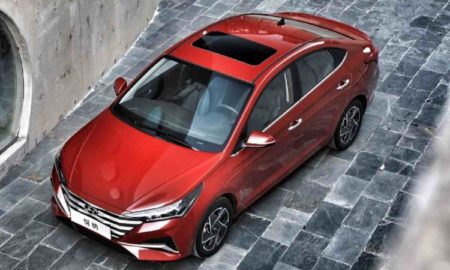 Hyundai Verna facelift Red
