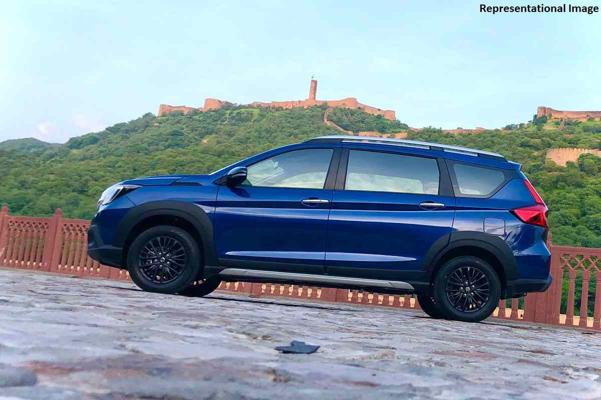 maruti xl6 based suzuki xl7 7 seater mpv picture leaked indiacarnews news on cards news on cards