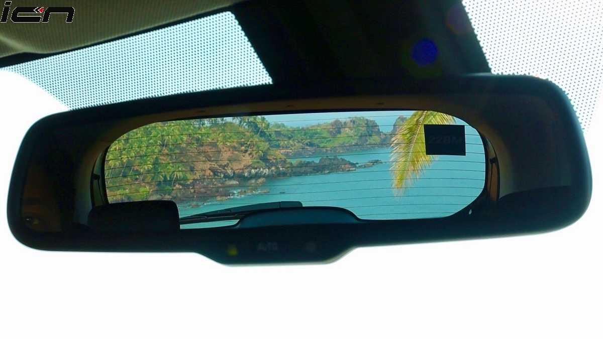 Brezza facelift Auto-Dimming IRVM