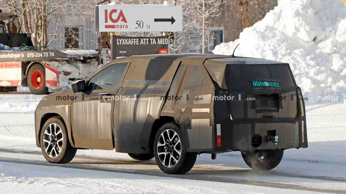 Jeep 7-seater SUV Spied Rear