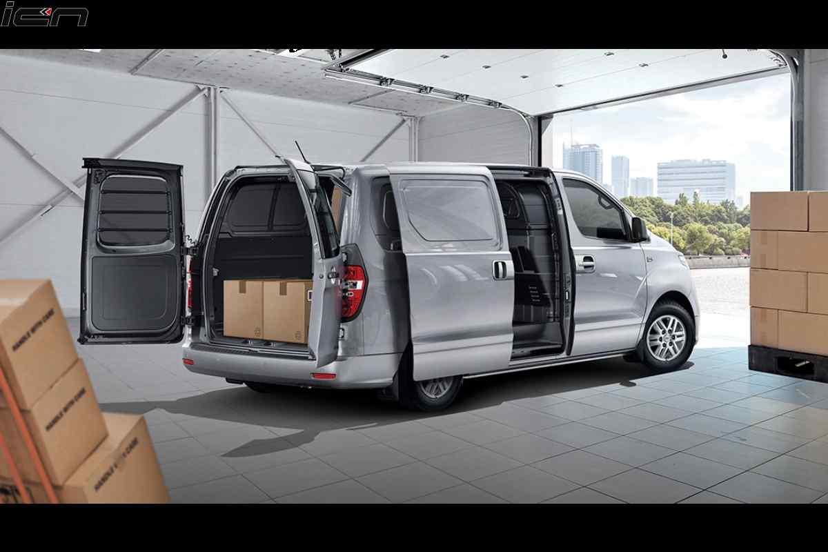 Hyundai Starex MPV Might Launch in India; to Rival Innova, Carnival