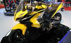 Bajaj Pulsar RS400 Price