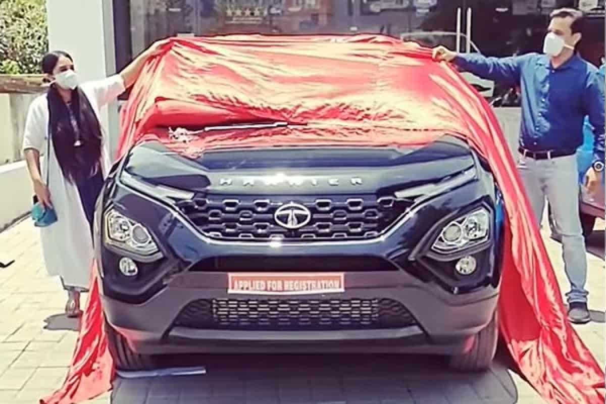 BS6 Tata Harrier Dark Edition
