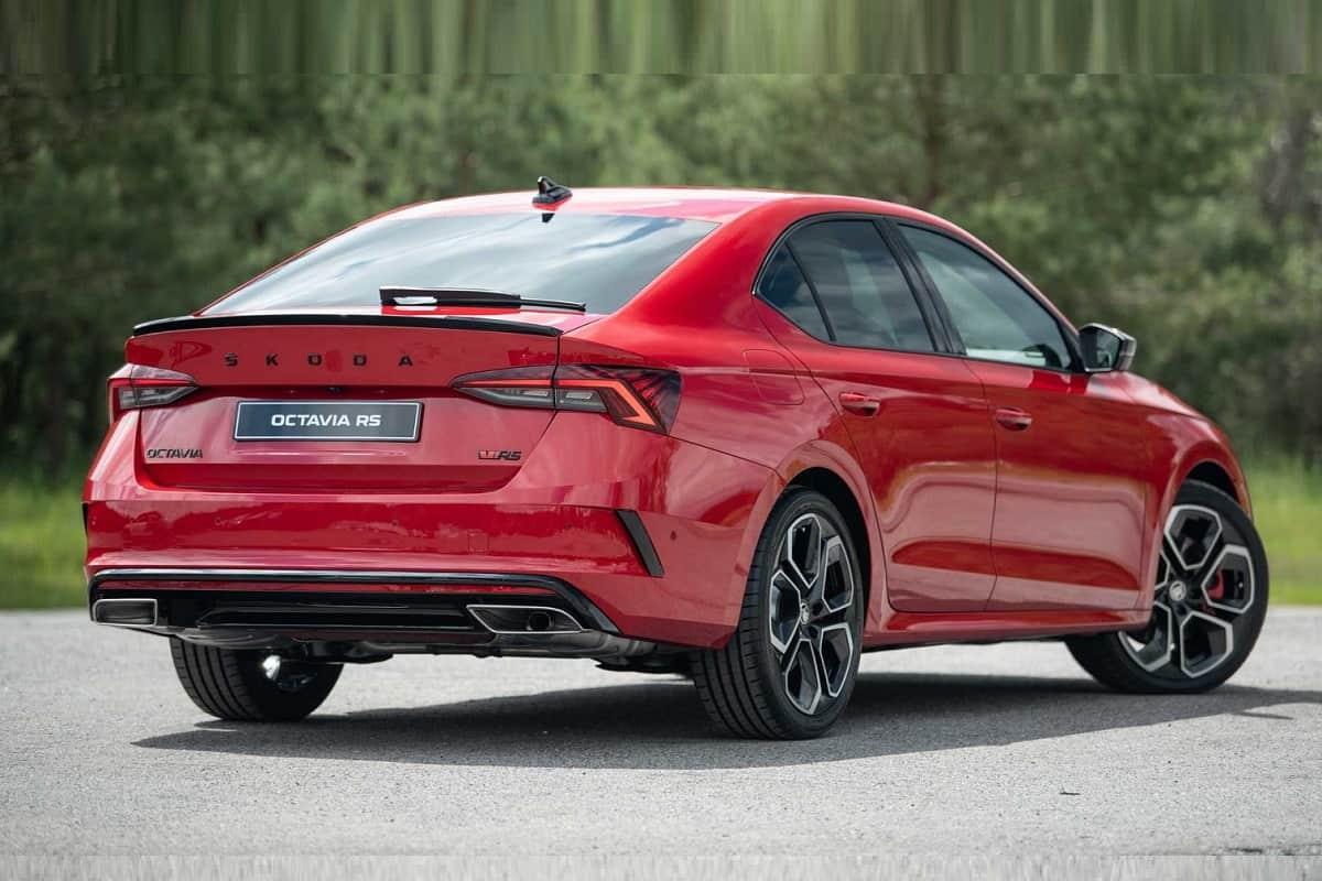 2021 Skoda Octavia RS Petrol, Diesel Models Unveiled – Key Changes