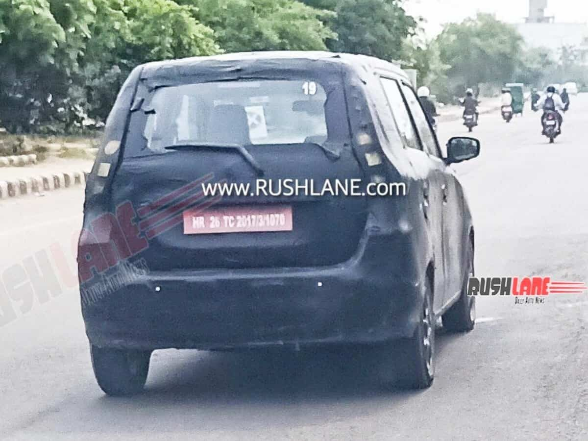 Maruti XL5 Electric Spied