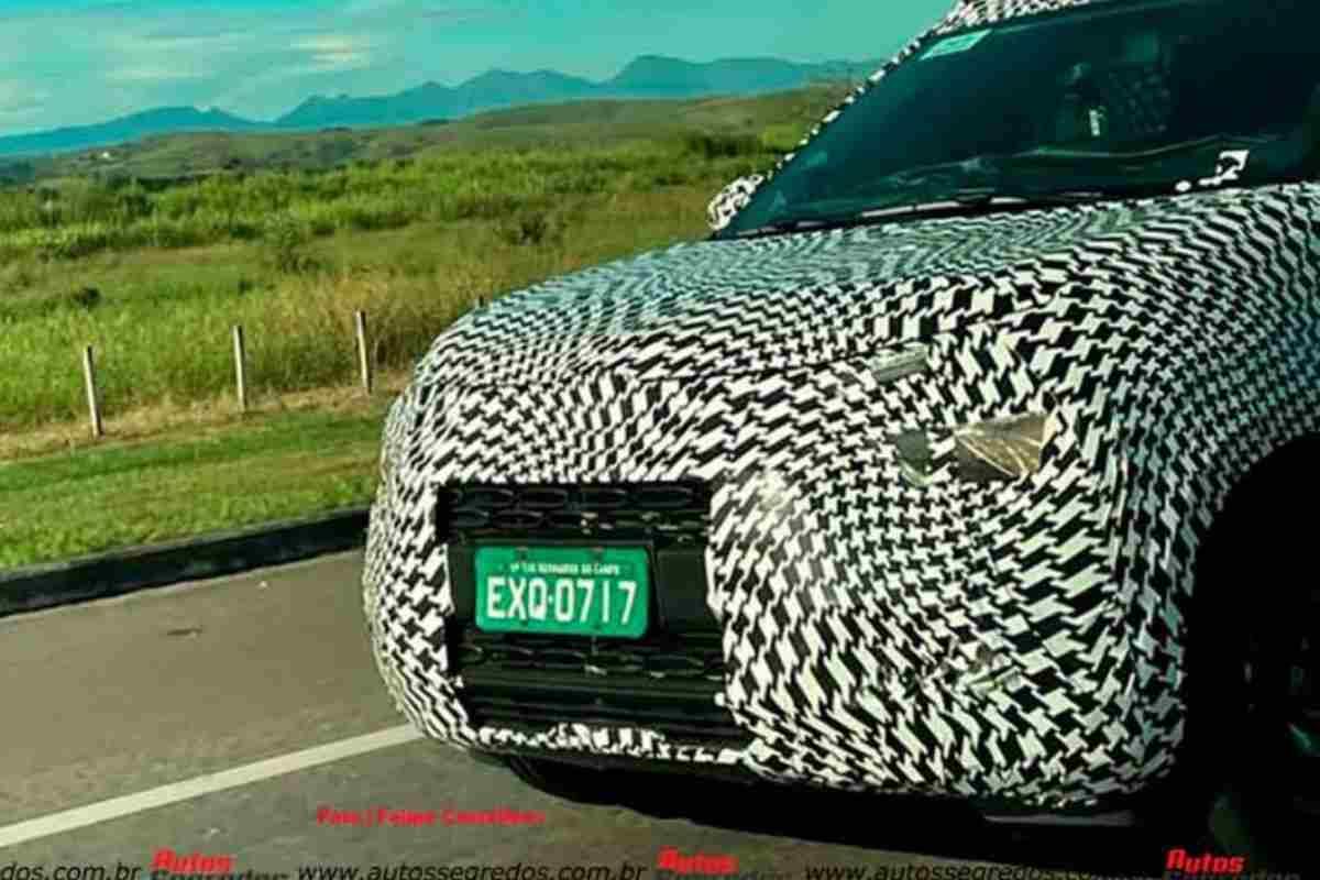 Citroen C3 Sporty Front Spied